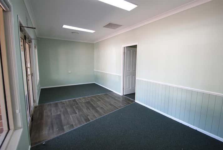 3/2-4 Plaza Circle Highfields QLD 4352 - Image 1