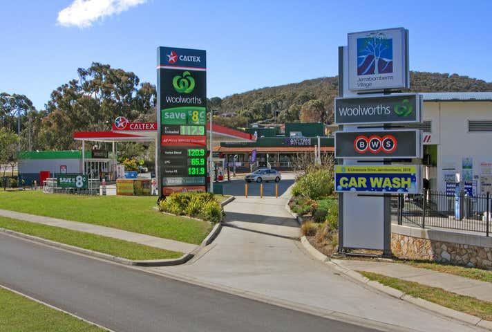 10 Limestone Drive Jerrabomberra NSW 2619 - Image 1