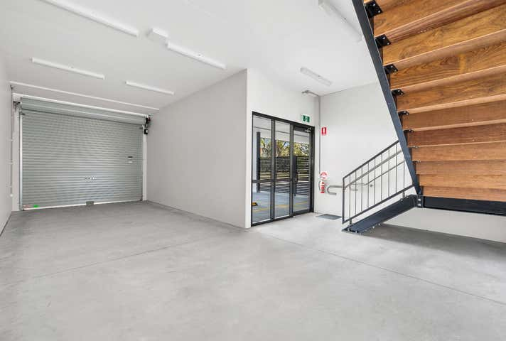 2/449 Lytton Road Morningside QLD 4170 - Image 1