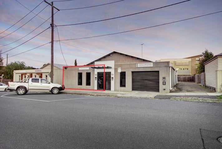 3/2 Fenwick Street South Geelong VIC 3220 - Image 1