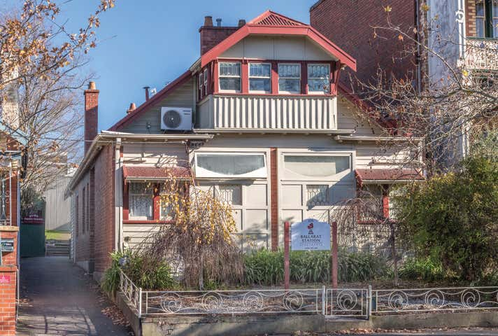225 Lydiard Street North Soldiers Hill VIC 3350 - Image 1