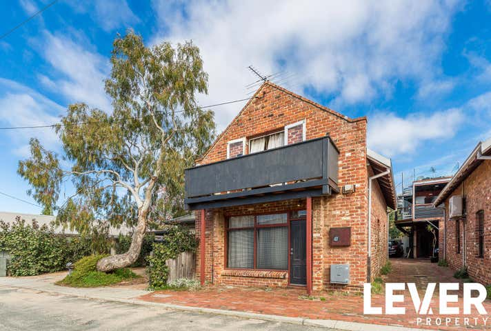4/7 Jewell Parade North Fremantle WA 6159 - Image 1
