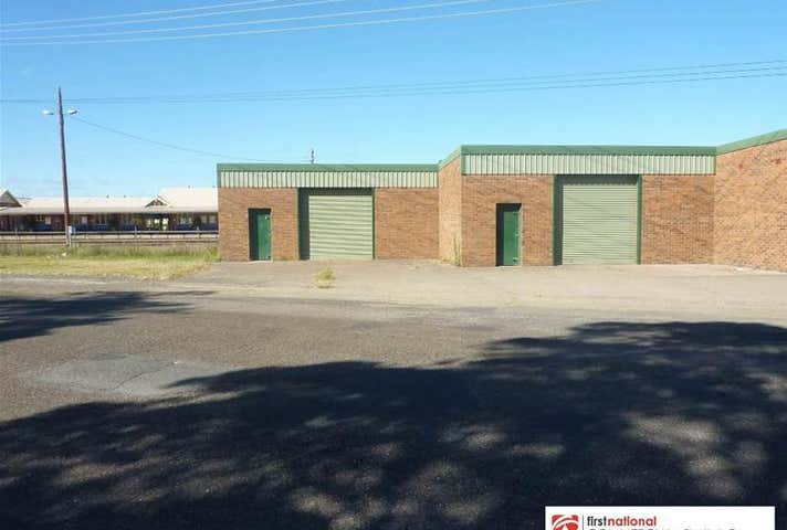 Bay 4/105 Manning Street Taree NSW 2430 - Image 1