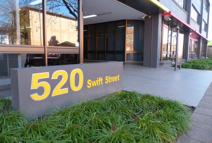 520  SWIFT STREET Albury NSW 2640 - Image 1