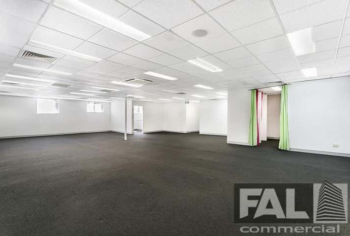 Unit  3, 10 Brookfield Road Kenmore QLD 4069 - Image 1