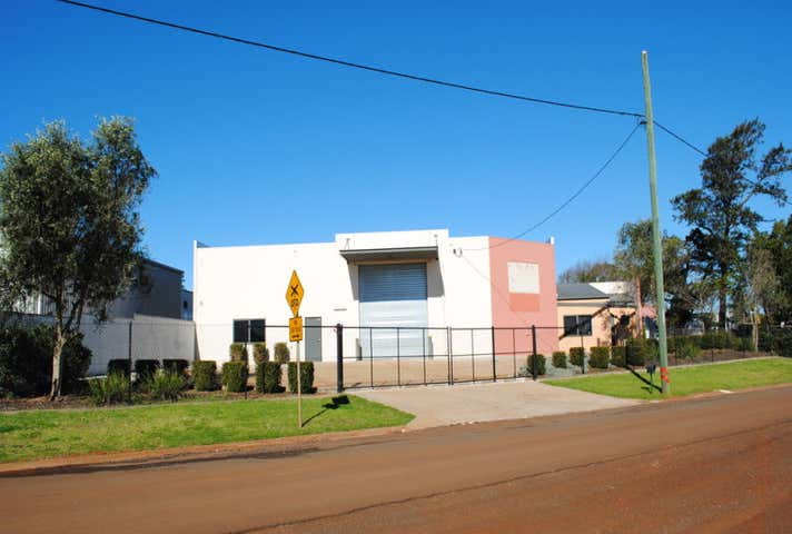 10-12 Murdoch Drayton QLD 4350 - Image 1