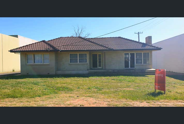 49 Gunnedah Road Tamworth NSW 2340 - Image 1