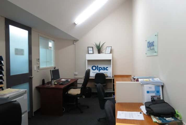 Suite 2.06, 433 Logan Road Greenslopes QLD 4120 - Image 1
