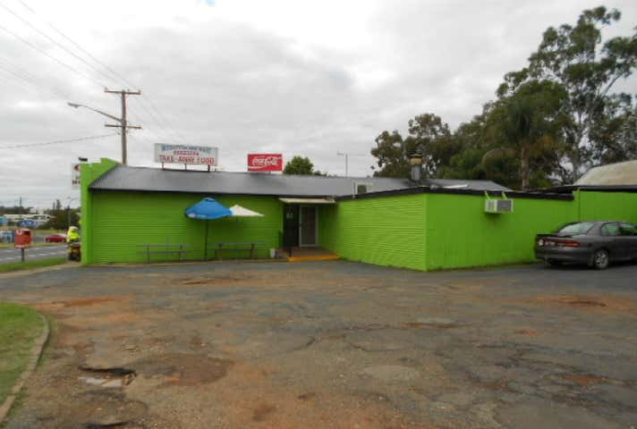 23 Forbes Road Parkes NSW 2870 - Image 1