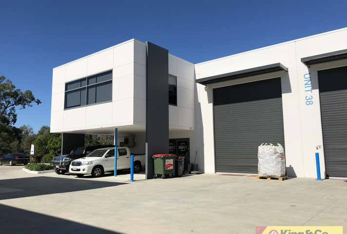Tingalpa, address available on request