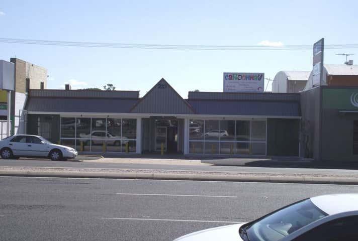 Shop 4, 233 Musgrave Street Berserker QLD 4701 - Image 1