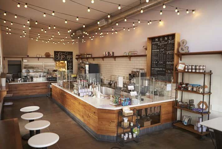 Shop, 117 Bridge Street Mount Lofty QLD 4350 - Image 1