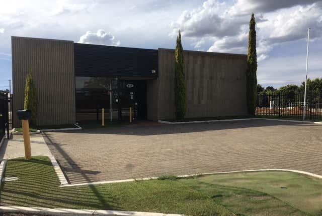 111 Adelaide Road, Murray Bridge, SA 5253