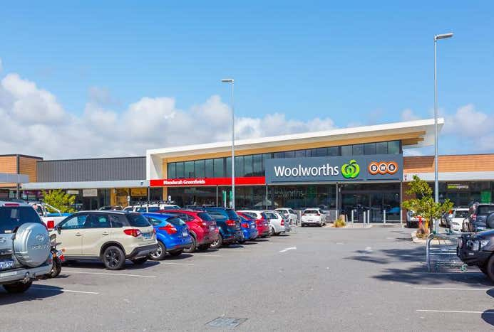 Woolworths Mandurah Greenfields Shopping Centre Greenfields WA 6210 - Image 1