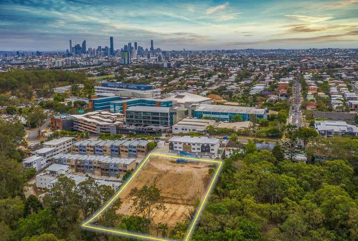 100 Nicholson Street Greenslopes QLD 4120 - Image 1
