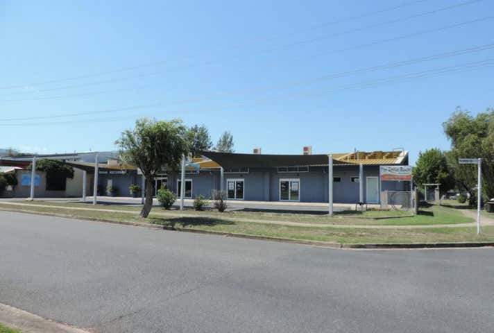 Shop 2, 384 French Avenue Frenchville QLD 4701 - Image 1