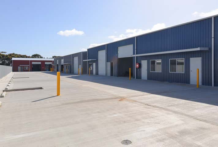 Workshop 2/3A Palina Road Smithfield SA 5114 - Image 1