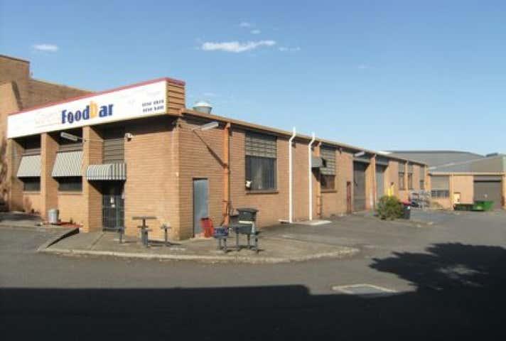 1B/23 Garema Circuit Kingsgrove NSW 2208 - Image 1
