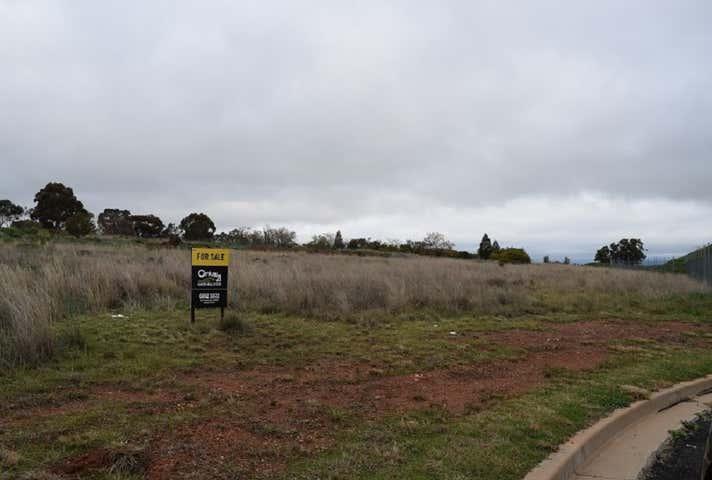 24 Boyd Circuit, Parkes, NSW 2870