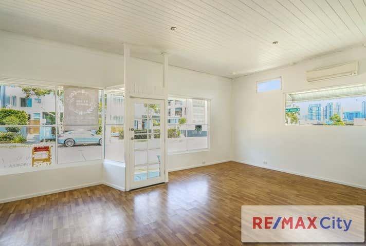 24 Oxford Street Bulimba QLD 4171 - Image 1