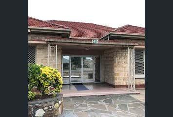 259 Grange Rd Findon SA 5023 - Image 1