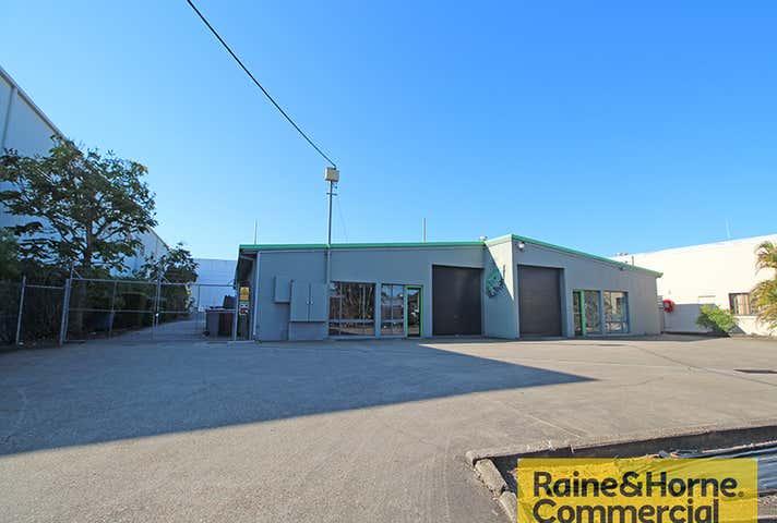 21 Walter Crescent Lawnton QLD 4501 - Image 1