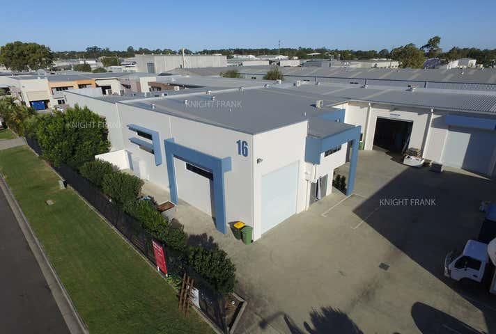 2/16 Redcliffe Gardens Drive Clontarf QLD 4019 - Image 1