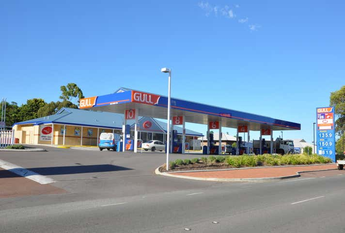 Gull Service Station and Store, 7060 Great Eastern Highway Mundaring WA 6073 - Image 1