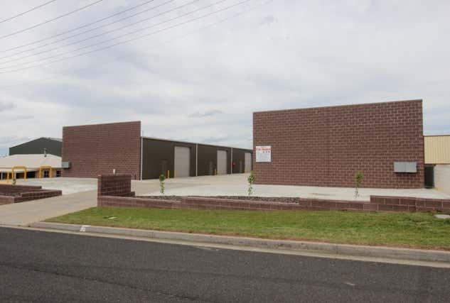5/65 Corporation Ave Bathurst NSW 2795 - Image 1