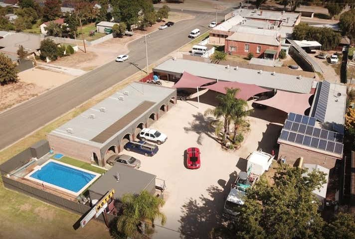 Thomas Lodge Motel, 115-117 Deniliquin Street Tocumwal NSW 2714 - Image 1