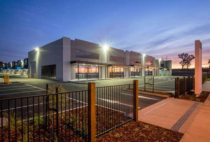 Unit 4/33 Danaher Drive South Morang VIC 3752 - Image 1