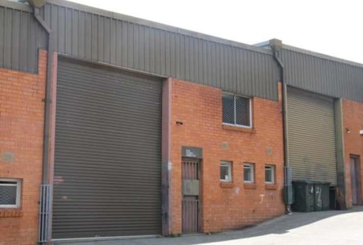 3/26 Stanley Street Peakhurst NSW 2210 - Image 1