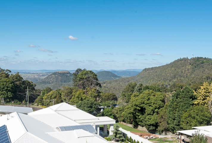 32 Tourist Road East Toowoomba QLD 4350 - Image 1