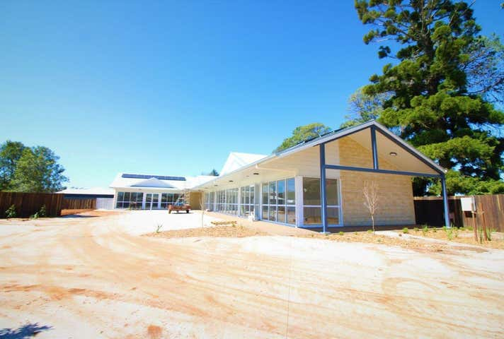2/10517 New England Highway Highfields QLD 4352 - Image 1