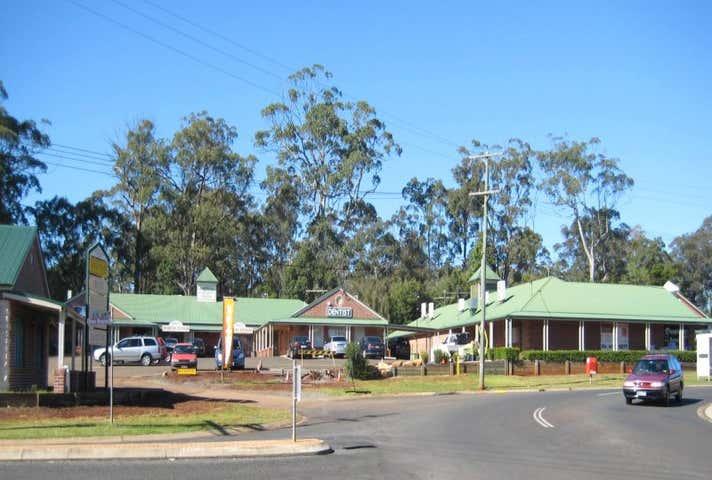 3, 2-4 Plaza Circle Highfields QLD 4352 - Image 1
