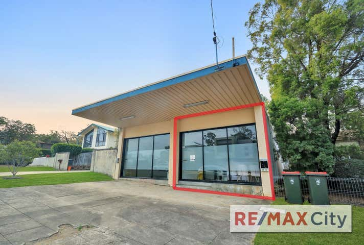 2/25 Valance Street Oxley QLD 4075 - Image 1