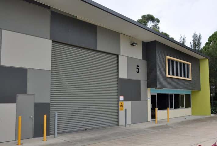 5 Featherstone Drive Woolgoolga NSW 2456 - Image 1
