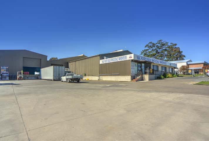 10 Norfolk Avenue South Nowra NSW 2541 - Image 1
