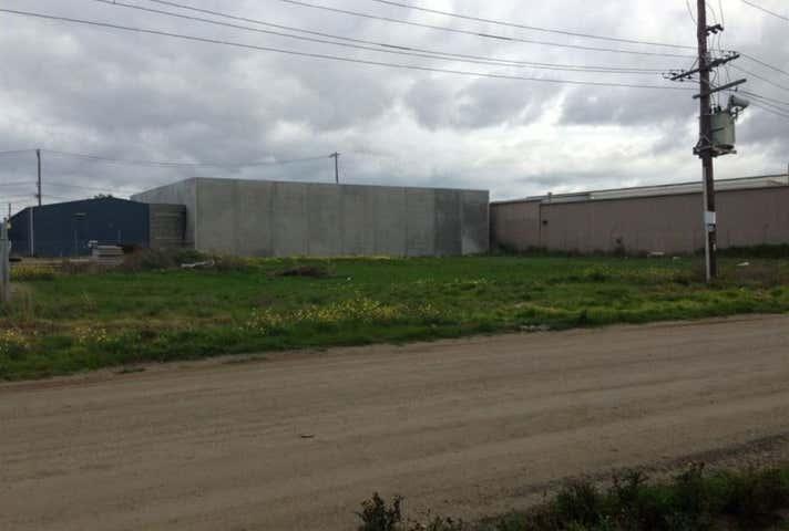 14-18 Walchs Road North Shore VIC 3214 - Image 1