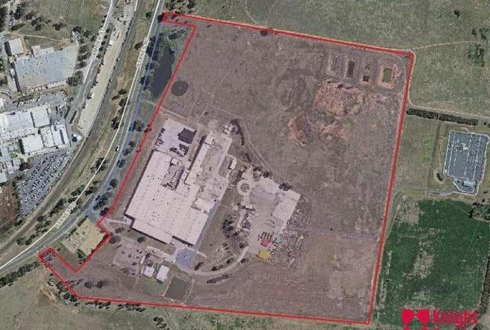 Warehouse, 280 Byrnes Road Bomen NSW 2650 - Image 1