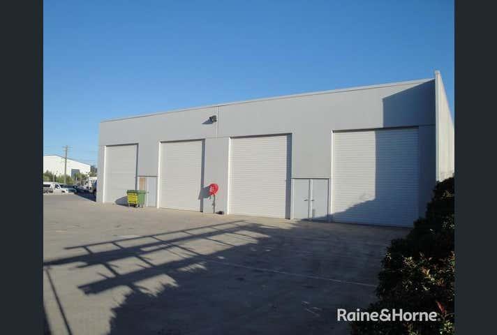 SUITE 4.4 ROSEANNA STREET Callemondah QLD 4680 - Image 1
