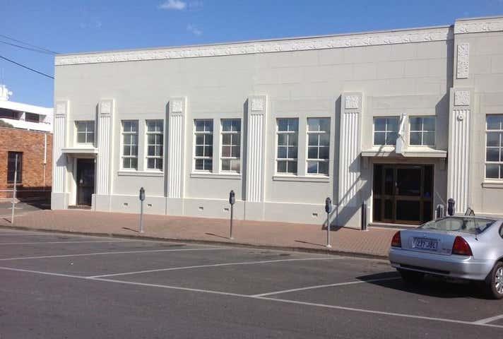 Unit 2a, 133 Cunningham Street Dalby QLD 4405 - Image 1