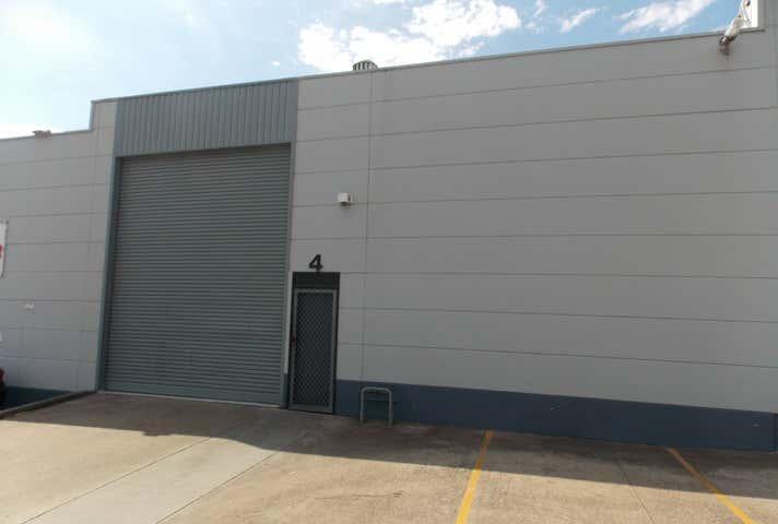 Unit 4, 11  Bowmans Road Kings Park NSW 2148 - Image 1