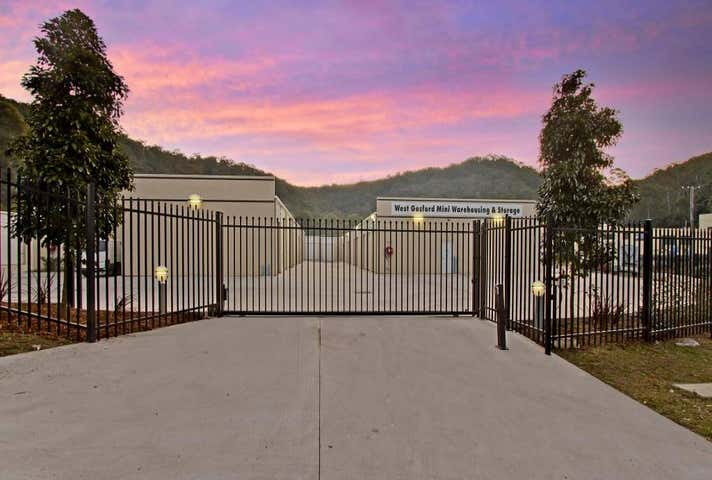 West Gosford, address available on request