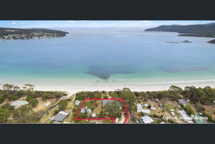 Harpers on the Beach, 8 Harpers Place White Beach TAS 7184 - Image 1