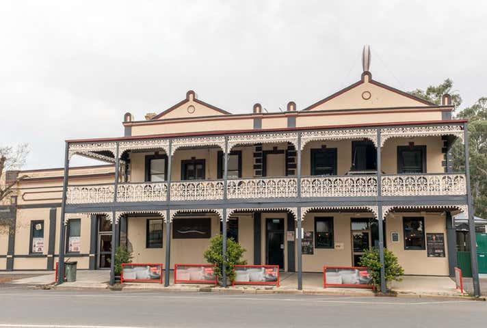 The Creekside Hotel, Inv/4 Scott Street Warracknabeal VIC 3393 - Image 1