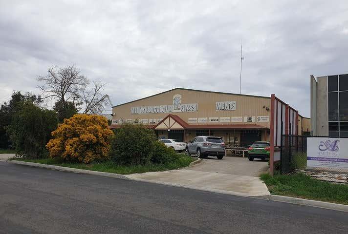 35-37 Whitehill Avenue Sunshine VIC 3020 - Image 1
