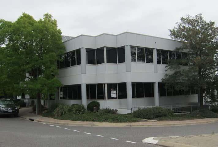 Unit 4, 20 Napier Close Deakin ACT 2600 - Image 1