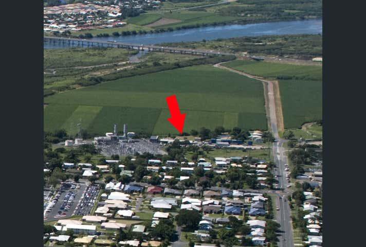 2/8 Hume Street Mackay QLD 4740 - Image 1