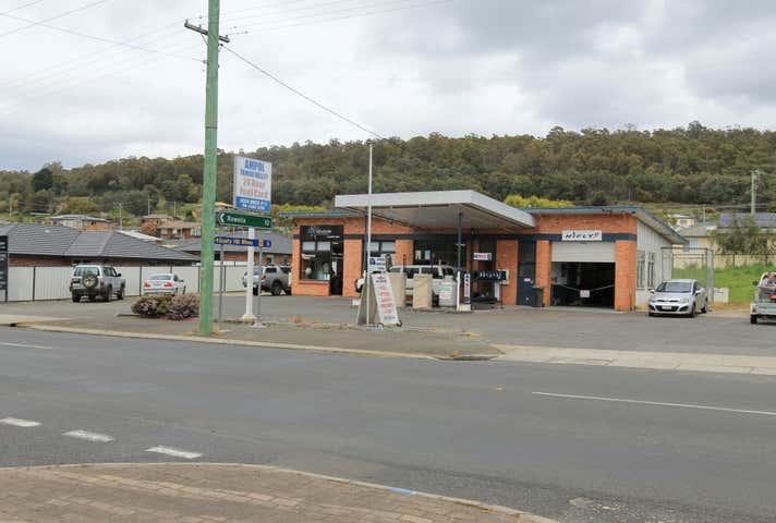 115-117 Weld Street, Beaconsfield, Tas 7270